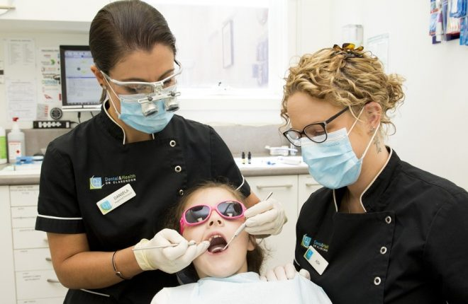 4 Tips to Ease Your Children into Their Dentist Visit